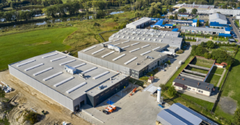 widok z drona na inwestycję Addit - czwarta inwestycja, wybudowana dla firmy Addit, w Węgrowie, woj. mazowieckie