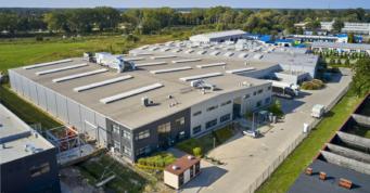 kompleks hal produkcyjno-magazynowych Addit - projekt i budowa pod klucz, przez CoBouw Polska hale stalowe, dla Addit, z Węgrowa, w woj. mazowieckim