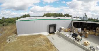 rozbudowa zakładu produkcyjnego - hala produkcyjna z wiatą, dla Drewco, Chojna, woj. zachodniopomorskie