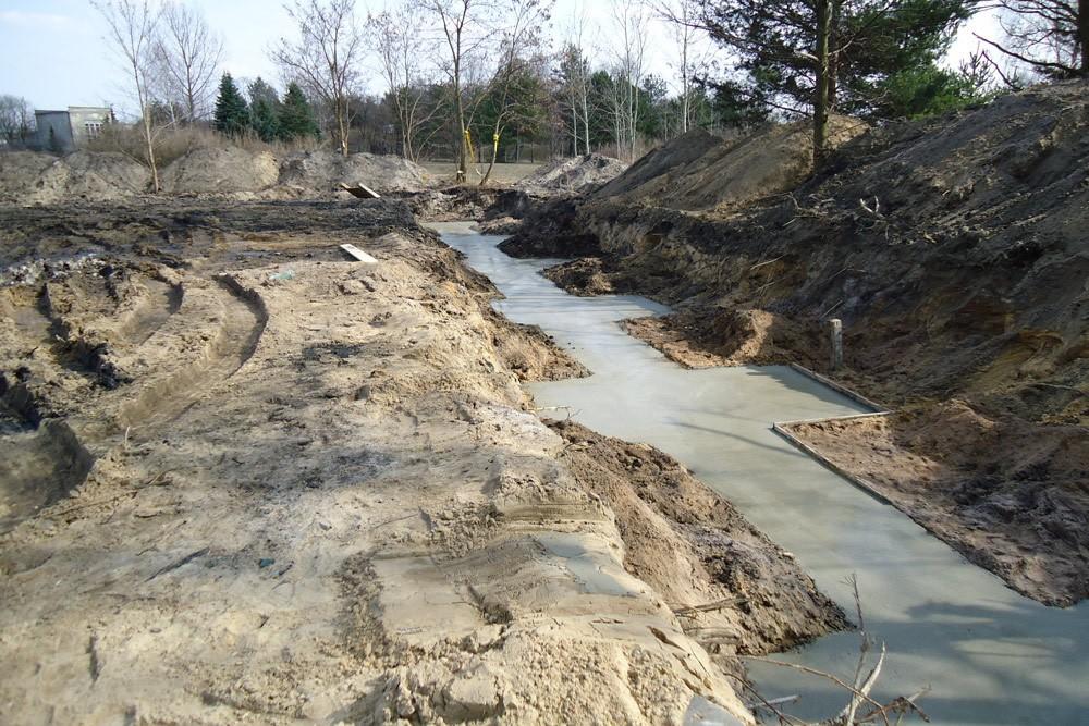 wylewanie fundamentów - hala przemysłowa, dla Van Gansewinkel, Ruda Śląska, woj. śląskie
