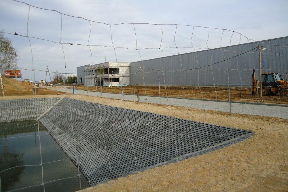 zbiornik wód opadowych - hala produkcyjna z budynkiem biurowym, dla Blyweert Aluminium, Czosnów, woj. mazowieckie