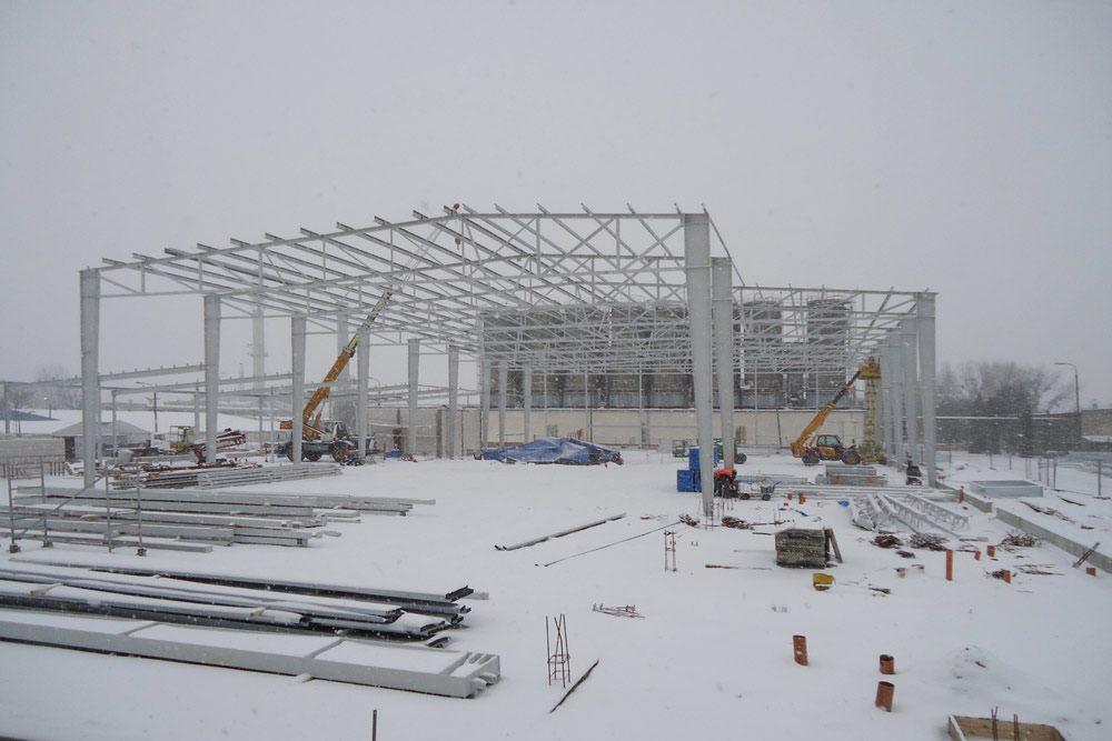 konstrukcja stalowa - hala produkcyjno-magazynowa z częścią biurową, dla Ergis, Wąbrzeźno, woj. kujawsko-pomorskie