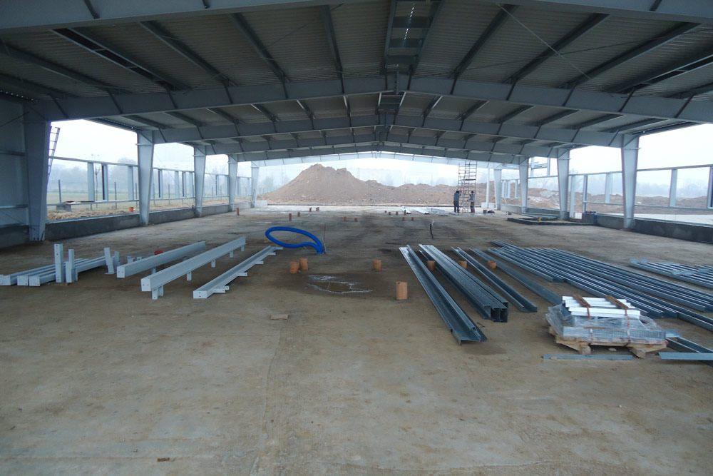 elementy konstrukcji stalowej - hala produkcyjna z częścią biurową, dla BioMaxima, Lublin, woj. lubelskie