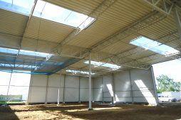 konstrukcja stalowa od wewnątrz - hala produkcyjno-magazynowa, dla Hutchinson, Łódź, woj. łódzkie