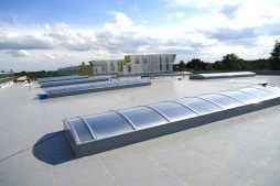 świetliki dachowe 1 - hala produkcyjno-magazynowa, dla Hutchinson, Łódź, woj. Łódzkie