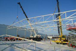 wznoszenie konstrukcji stalowej - hala produkcyjna z zapleczem biurowym, dla Korona SA, Wieluń, woj. łódzkie