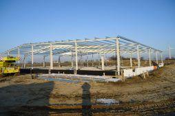 konstrukcja stalowa - hala produkcyjna, dla DS Group, Szadek, woj. łódzkie
