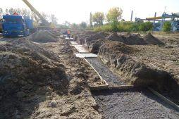 montaż pod szalunek podwalinowy - hala produkcyjna z częścią biurową, dla Arsanit, Konin, woj. wielkopolskie