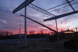 wznoszenie konstrukcji - hala produkcyjna z częścią biurową, dla Arsanit, Konin, woj. wielkopolskie