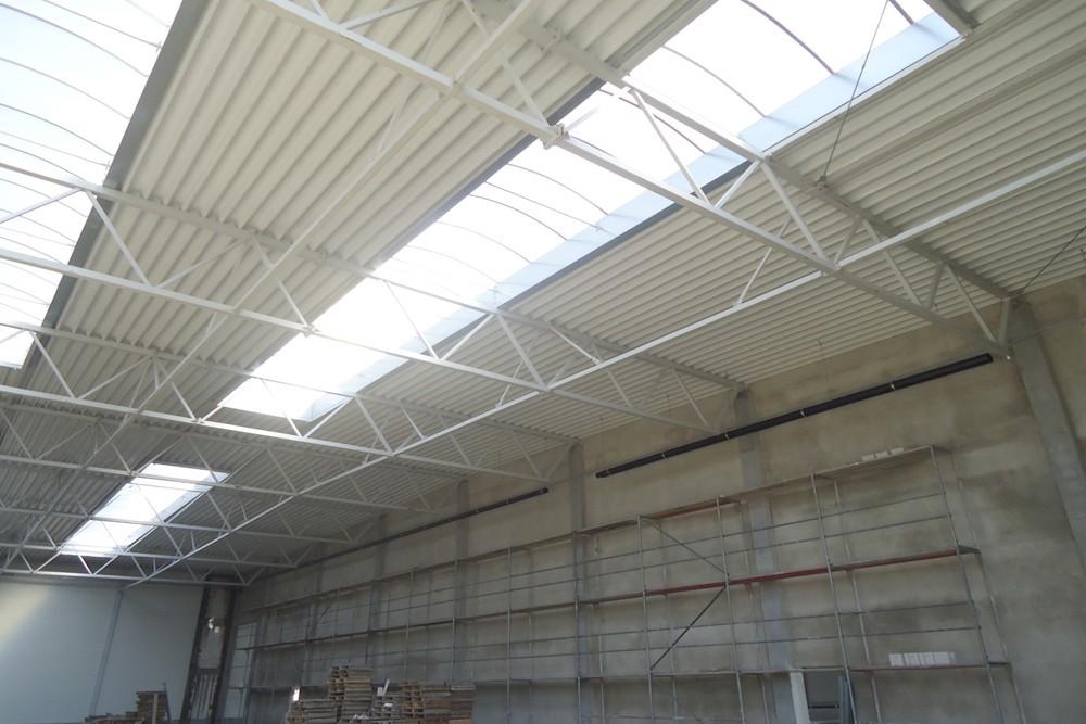 świetliki dachowe 2 - hala produkcyjna z częścią biurową, dla Arsanit, Konin, woj. wielkopolskie