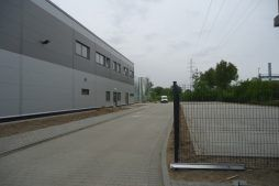 droga dojazdowa do inwestycji - hala produkcyjna z częścią biurową, dla Arsanit, Konin, woj. wielkopolskie