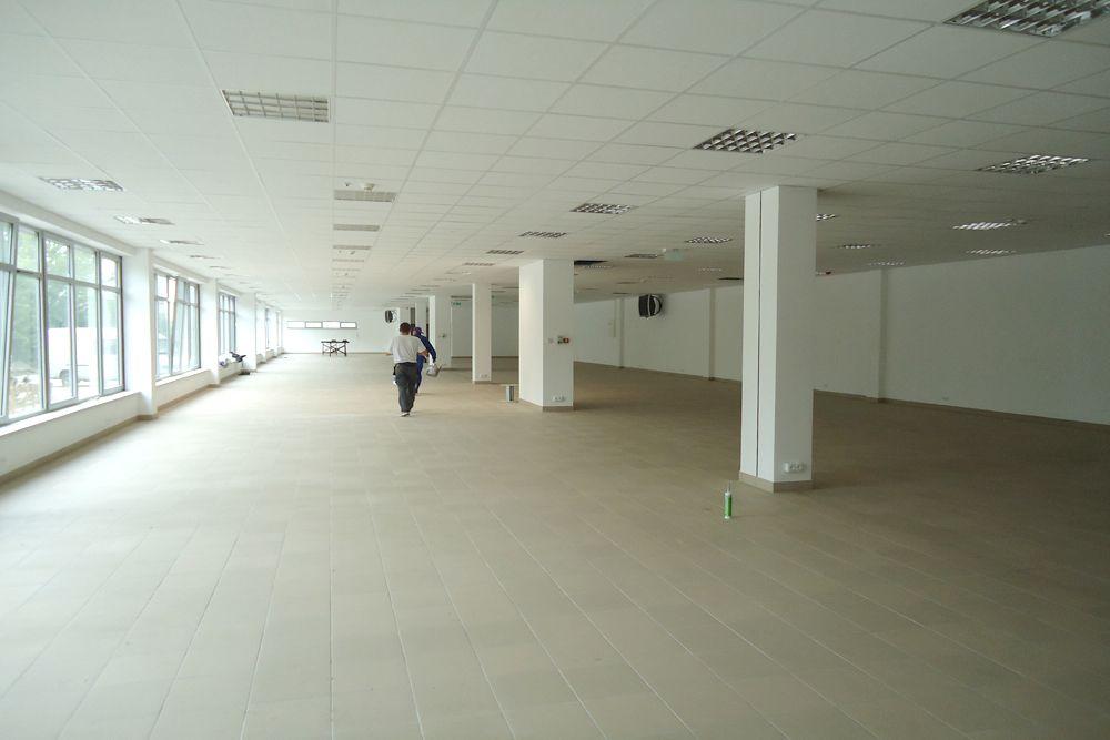wnętrze - hala magazynowa z budynkiem biurowym, dla Refleks, Białystok, woj. podlaskie