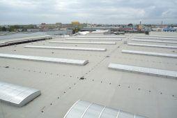 świetliki dachowe - hala magazynowa z budynkiem biurowym, dla Refleks, Białystok, woj. podlaskie