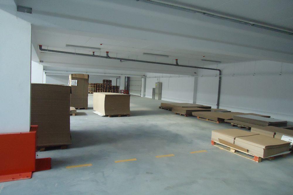 wnętrze 3 - hala produkcyjna z budynkiem biurowym, dla Uniservice, Skarbimierz, woj. Opolskie
