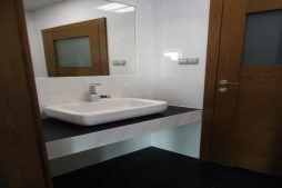 pomieszczenie sanitarne - sortownia i przechowalnia owoców z częścią biurową, dla Gaik, Witalówka