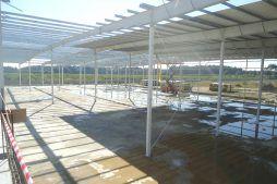 konstrukcja stalowa od wewnątrz - hala produkcyjna z częścią biurową, dla Dinopol, Ostró Wlkp., woj. wielkopolskie