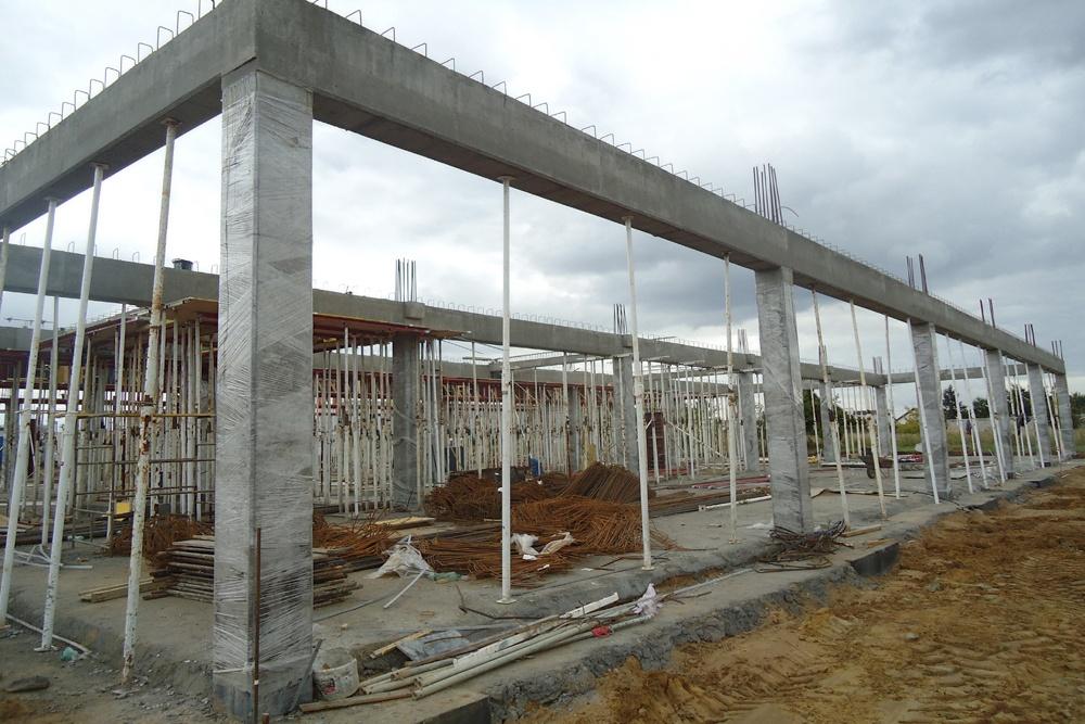 szkieletowa konstrukcja żelbetowa - hala handlowa, dla Koopman International, Komorniki, woj. wielkopolskie
