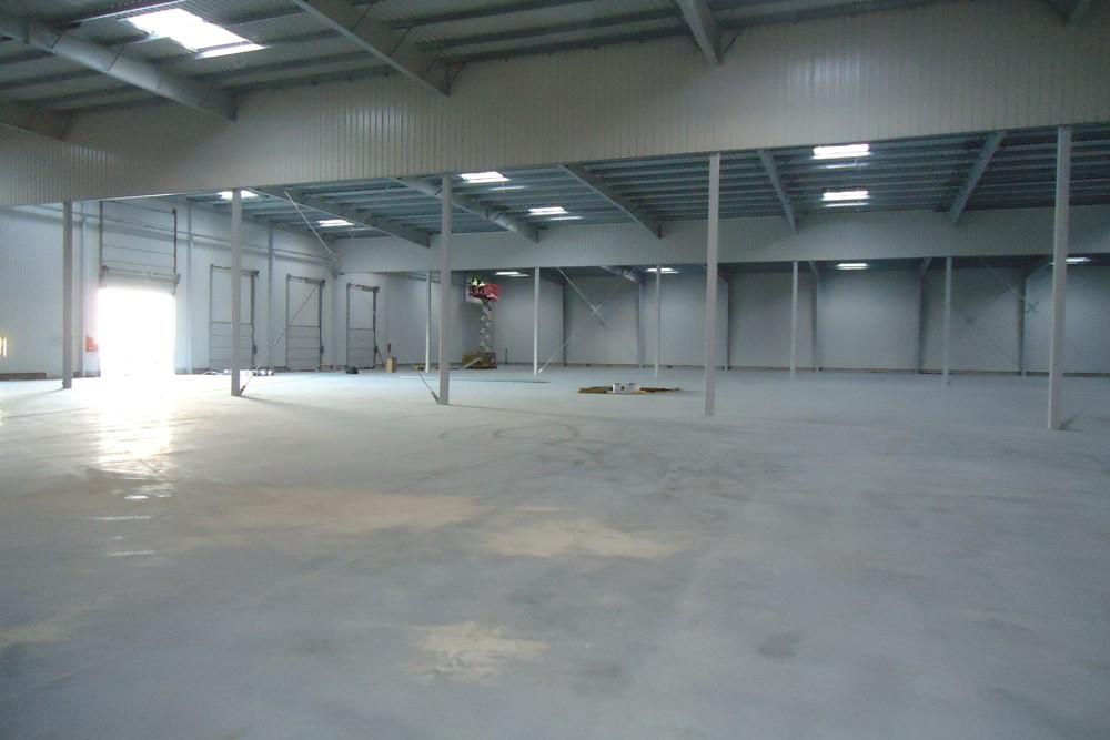 wnętrze obiektu 3 - hala produkcyjna z częścią biurową, dla Dinopol, Ostró Wlkp., woj. wielkopolskie
