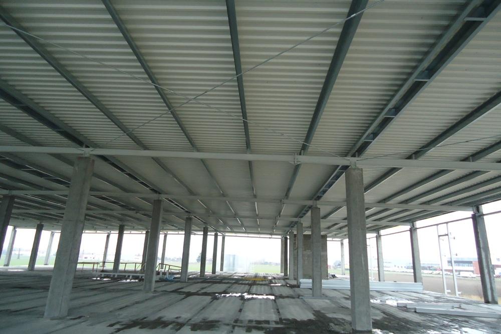 konstrukcja szkieletowa - hala handlowa, dla Koopman International, Komorniki, woj. wielkopolskie