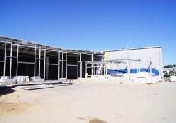 widok ogólny budynku w trakcie budowy 1 - hala produkcyjno-magazynowa, dla Addit, Węgrów, woj. mazowieckie