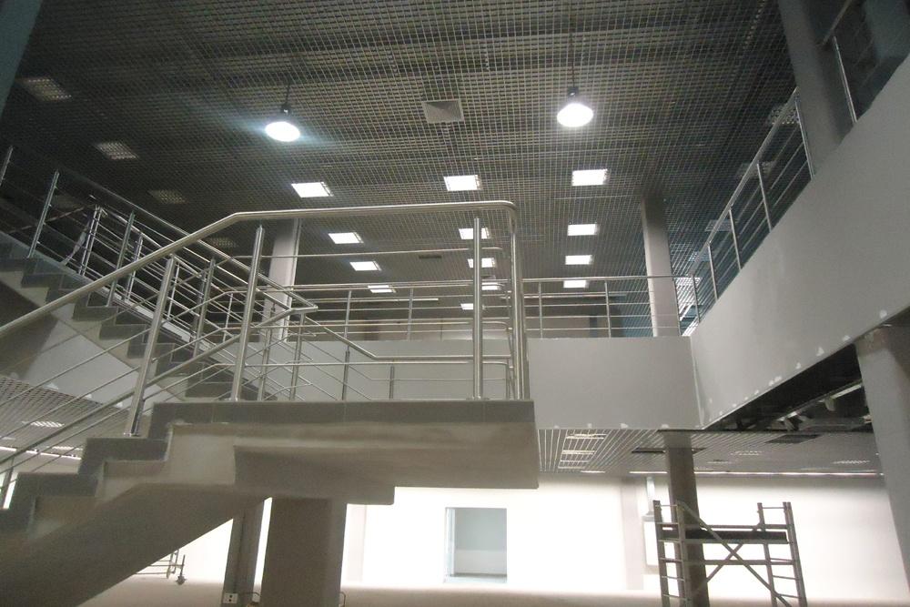prace wykończeniowe w pomieszczeniu handlowym 2 - hala handlowa, dla Koopman International, Komorniki