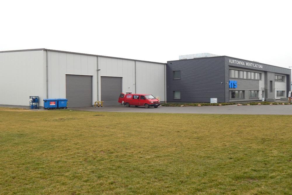 widok ogólny 2 - hala produkcyjna z budynkiem biurowym, dla Irmark, Warszawa, woj. mazowieckie