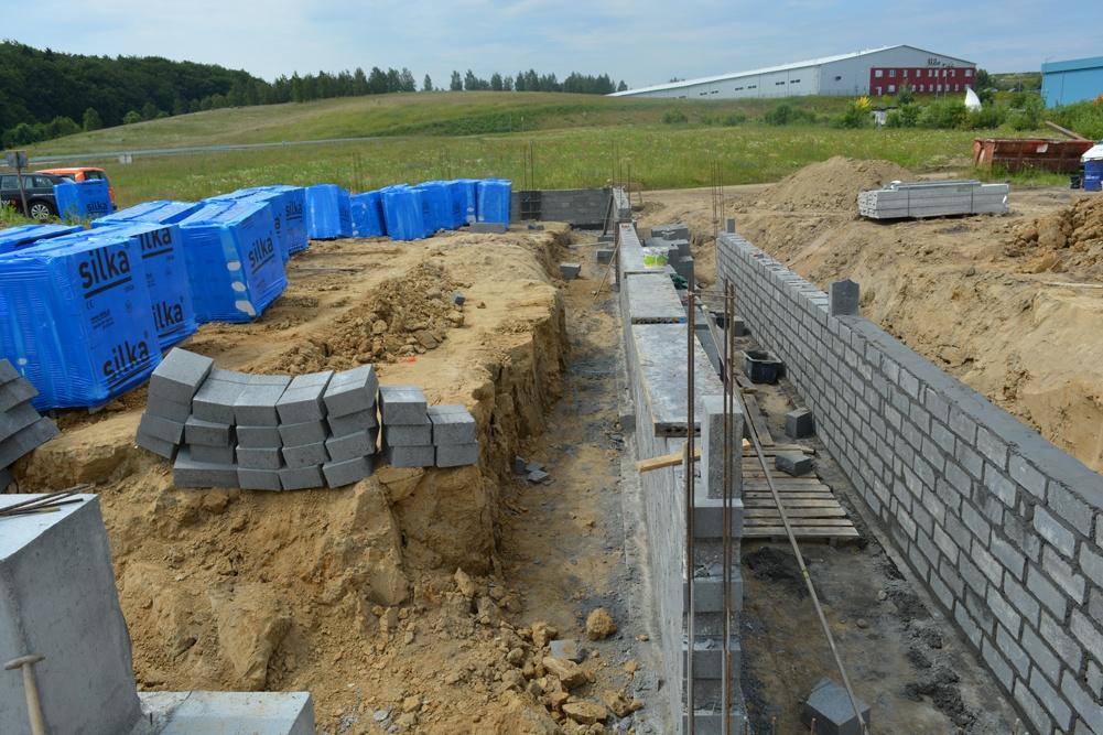 murowanie ścian konstrukcyjnych - hala magazynowa, dla DKS, Kowale, woj. pomorskie