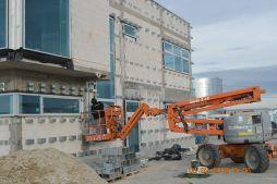 montaż konstrukcji pod fasade - budynek socjalno-biurowy, Drewtur, Słodków, woj. wielkopolskie