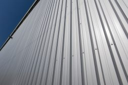 pokrycie elewacyjne - hala produkcyjna z budynkiem biurowym, dla Blyweert Aluminium, Czosnów, woj. mazowieckie