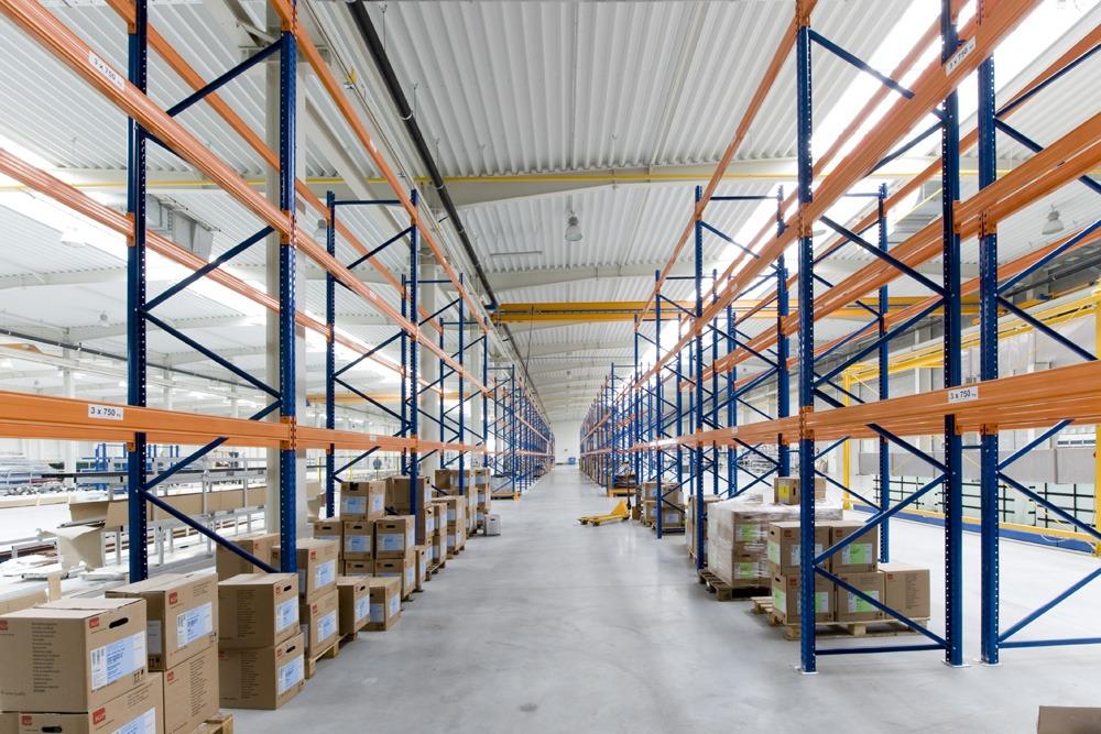 regały magazynowe - hala produkcyjna z budynkiem biurowym, dla Blyweert Aluminium, Czosnów, woj. mazowieckie