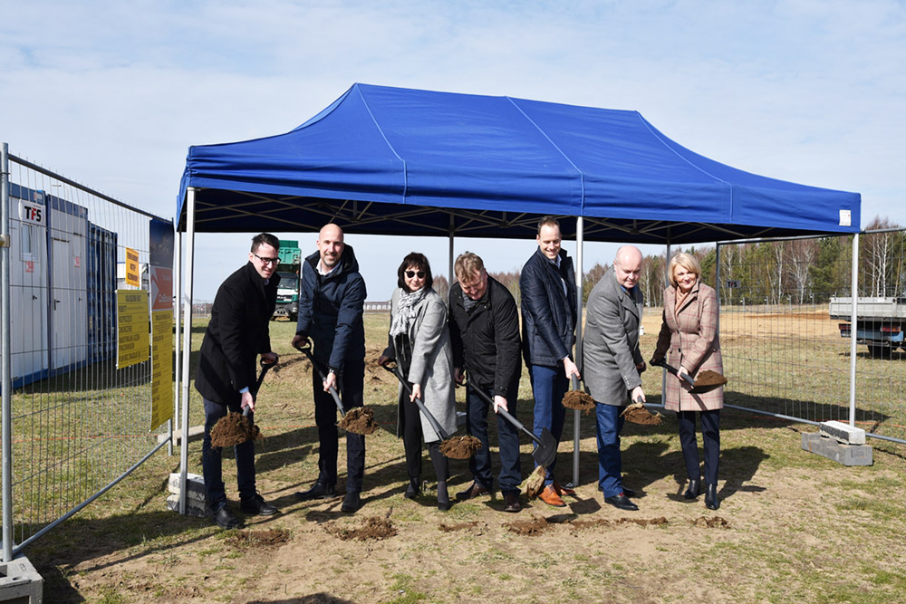Inauguracja budowy Kentaur Production