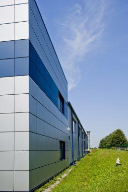 ściana boczna - rozbudowa hali produkcyjnej, dla OML Morando, Czerwionka-Leszczyny