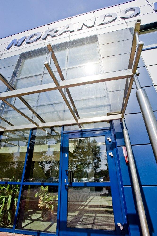 wejście do budynku 1 - rozbudowa hali produkcyjnej, dla OML Morando, Czerwionka-Leszczyny