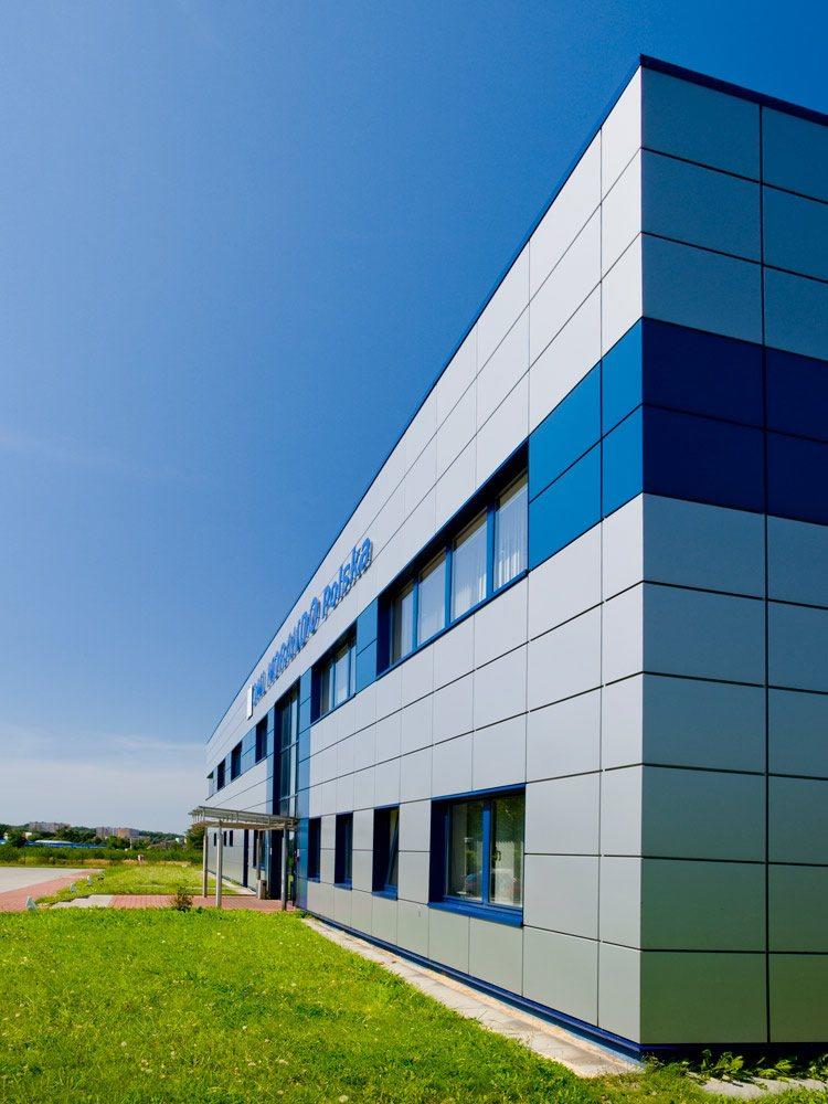 okna - hala produkcyjna z budynkiem biurowym, dla OML Morando, Czerwionka-Leszczyny