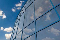 detal przeszklenia - hala produkcyjno-magazynowa z częścią biurową, dla Glass Produkt, Pyskowice, woj. śląskie