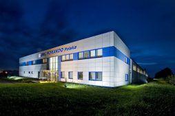 zdjęcie nocne - rozbudowa hali produkcyjnej, dla OML Morando, Czerwionka-Leszczyny