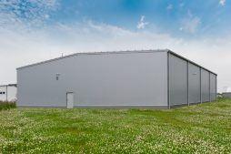 ściana tylna - hala produkcyjna z częścią biurową, dla BioMaxima, Lublin, woj. lubelskie