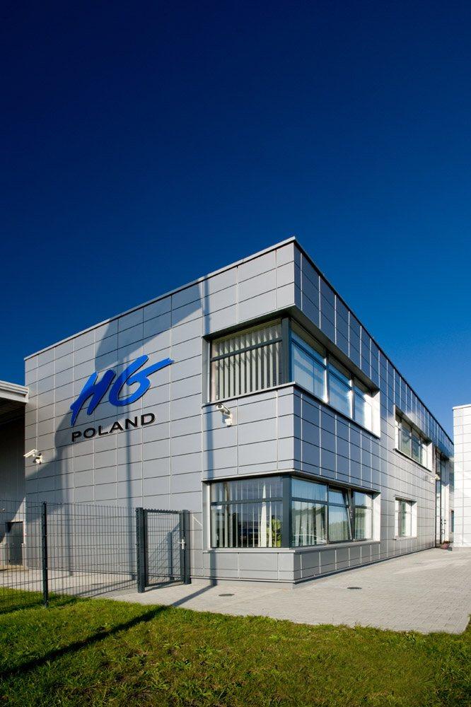 elewacja boczna budynku biurowego - hala produkcyjno-magazynowa z budynkiem biurowym, dla HG Poland, Łozienica