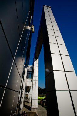 zbliżenie na detal 2 - hala produkcyjno-magazynowa z budynkiem biurowym, dla HG Poland, Łozienica, woj. zachodniopomorskie