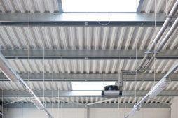 widok instalacji i konstrukcji - hala produkcyjno-magazynowa, dla Mardom, Lipniki Stare, woj. mazowieckie