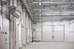 wnętrze hali 3 - hala produkcyjna z zapleczem biurowym, dla Korona SA, Wieluń, woj. łódzkie