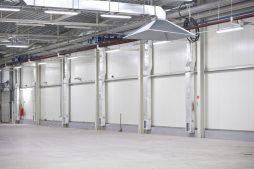 wnętrze hali 2 - hala produkcyjna z zapleczem biurowym, dla Korona SA, Wieluń, woj. łódzkie