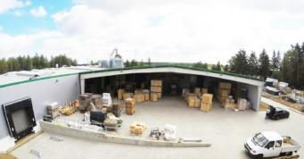 widok od strony wiaty stalowej-hala produkcyjna dla Drewco, Chojna, woj. zachodniopomorskie