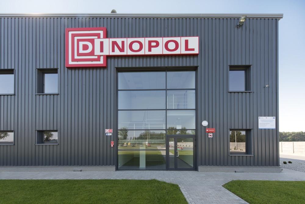 fragment elewacji przedniej - hala produkcyjna z częścią biurową, dla Dinopol, Ostró Wlkp., woj. wielkopolskie