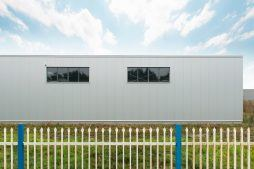 okna elewacyjne czterokomorowe - hala magazynowa, Firma MIRA-LUX, Klaudyn