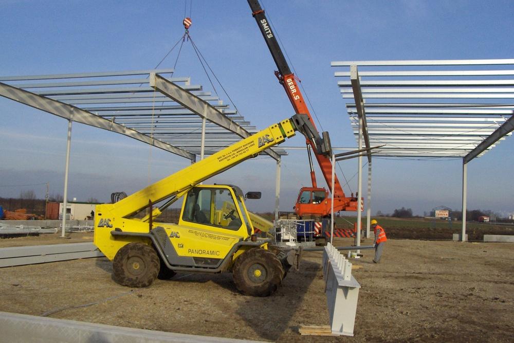 wznoszenie konstrukcji stalowej 1 - hala warsztatowo-magazynowa z częścią biurową, dla BAC Investment, Nowa Wieś Wrocławska
