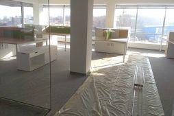 prace porządkowe wewnątrz - hala magazynowa z budynkiem biurowym, dla Koesters & Meyer, Malanów