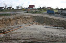 przygotowanie terenu pod budowę - hala magazynowa z budynkiem biurowym, dla Koesters & Meyer, Malanów