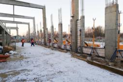 prace przy budowie hali - hala produkcyjno-magazynowa z częscią socjalno-biurową, dla Linea, woj. zachodniopomorskie