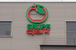 zbliżenie na logo - sortownia i przechowalnia owoców z częścią biurową, dla Gaik, Witalówka